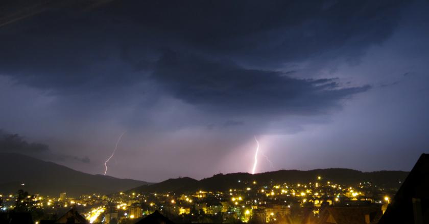 munja, munje, munju, oluja, oluje, oluju, Prokuplje, Prokuplja, Prokuplju, Fotografiju, Fotografija